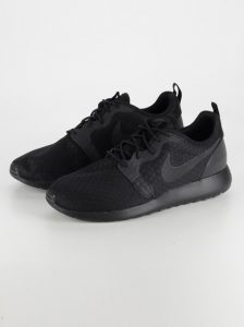 Nike - Roshe One Hyperfuse Black/Black